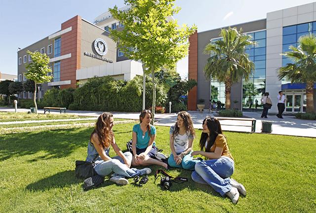 Kosova Üniversitesi Doktora