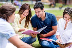 Kosova Üniversitesi Türkçe Eğitim Dilinde Verilen Bölümler